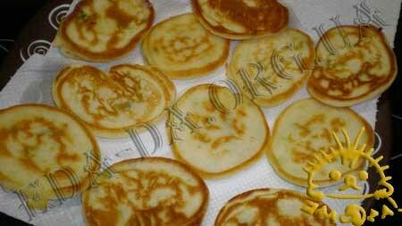 Кулинарные рецепты блюд с фото - Закусочные оладьи с семгой, Фото 9