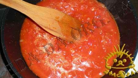 Кулинарные рецепты блюд с фото - Креветки, запеченные в томатном соусе с сыром Фета, пошаговое фото 2