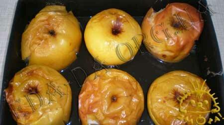 Вафли из яблочного пюре – кулинарный рецепт