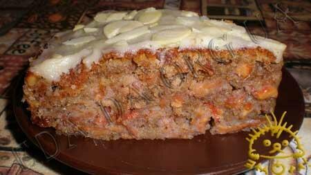 Кулинарные рецепты блюд с фото - Ореховый пирог с сушеными яблоками. Нажать для увеличения.
