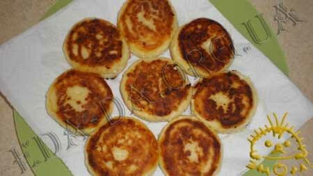 Кулинарные рецепты блюд с фото - Сырники (без соды), пошаговое фото 5
