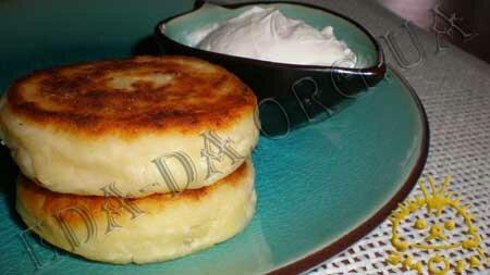 Кулинарные рецепты блюд с фото - Сырники (без соды), пошаговое фото 6