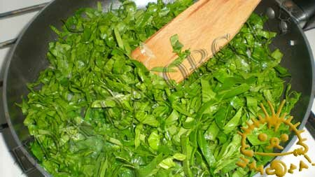 Кулинарные рецепты блюд с фото - Вареники со шпинатом и курицей, пошаговое фото 2