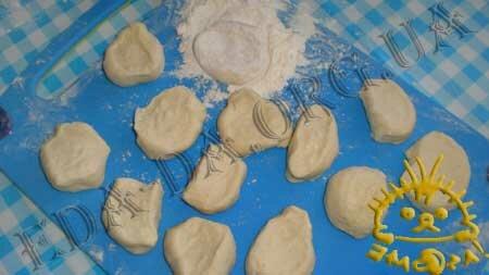 Кулинарные рецепты блюд с фото - Вареники со шпинатом и курицей, пошаговое фото 12