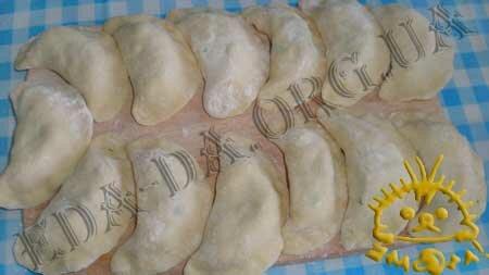 Кулинарные рецепты блюд с фото - Вареники со шпинатом и курицей, пошаговое фото 16