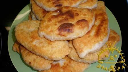 Нажать для увеличения. Жаренные пирожки с капустой и картошкой