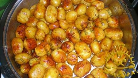 Кулинарный мастер класс - Молодой картофель, жареный с медом, шаг 3