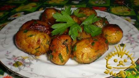 Молодой картофель, жареный с медом