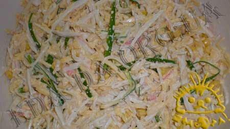 Кулинарный мастер класс - Салат с жареными яйцами, шаг 6