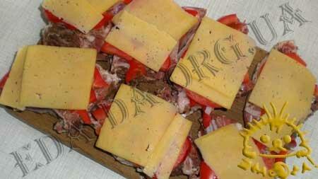 Кулинарные рецепты блюд с фото - Свинина с овощами и сыром, запеченная в рукаве для запекания, пошаговое фото 8