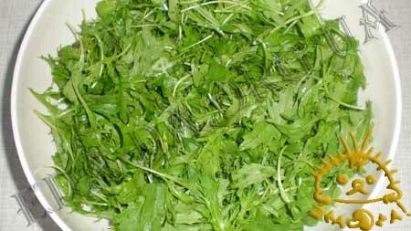 Кулинарные рецепты с фото - Салат с рукколой и грудинкой, Фото 1
