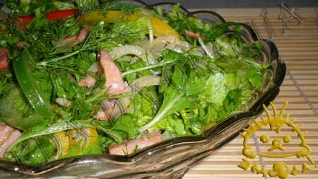 Кулинарные рецепты с фото - Салат с рукколой и грудинкой. Нажать для увеличения.