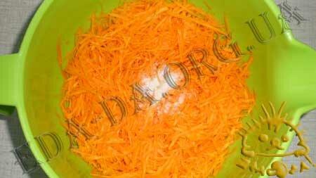 Кулинарный мастер класс - Морковно-миндальный пирог с маком, шаг 2