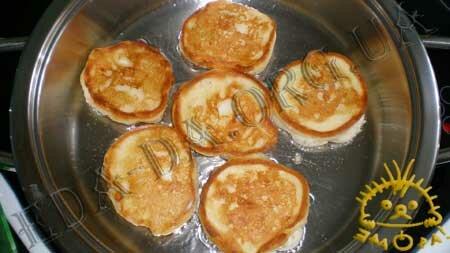 Кулинарные рецепты блюд с фото - Оладьи с яблоками, пошаговое фото 6