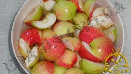 Кулинарные рецепты блюд с фото - Яблочный компот (консервированный), пошаговое фото 2