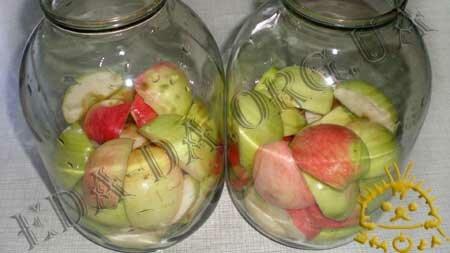 Кулинарные рецепты блюд с фото - Яблочный компот (консервированный), пошаговое фото 3