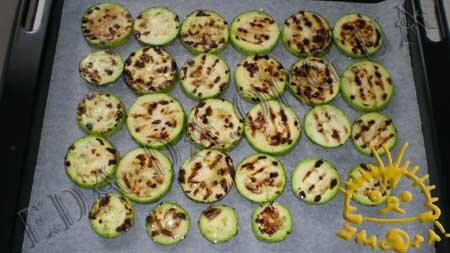 Кулинарные рецепты с фото - 'Сэндвичи' из кабачков и баклажанов с помидорами, Фото 5