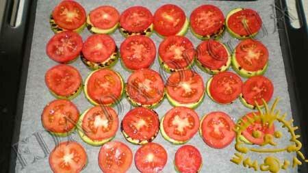 Кулинарные рецепты с фото - 'Сэндвичи' из кабачков и баклажанов с помидорами, Фото 6