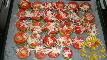 Кулинарные рецепты с фото - 'Сэндвичи' из кабачков и баклажанов с помидорами, Фото 8
