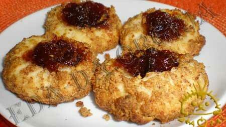 Кулинарные рецепты блюд с фото - Ореховые ватрушки (песочное печенье). Нажать для увеличения.