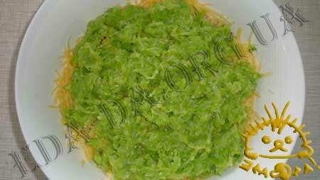 Кулинарные рецепты с фото - Салат с кабачком, пастернаком и сельдереем, Фото 8
