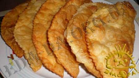 Кулинарные рецепты блюд с фото - Чебуреки. Нажать для увеличения.