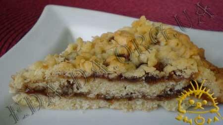 Кулинарные рецепты блюд с фото - Тертый пирог с вареньем. Нажать для увеличения.