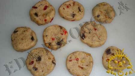 Кулинарные рецепты с фото - Печенье с орехами, шоколадом и сушеными фруктами, Фото 7
