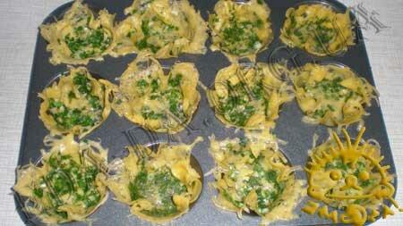 Кулинарные рецепты с фото - Сырные корзиночки со слабосоленой семгой, Фото 3