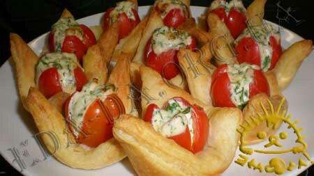 Кулинарные рецепты с фото - Слоечки с фаршированными помидорами черри, Фото 11