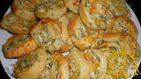 Кулинарные рецепты блюд с фото - Слоеные рулетики с творогом и хурмой, Фото 12