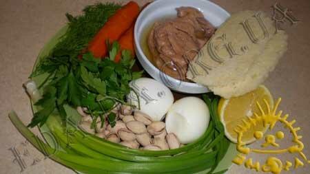 Кулинарные рецепты блюд с фото - Салат Праздничный (<em>с печенью трески</em>), пошаговое фото 0