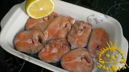 Кулинарные рецепты блюд с фото - Семга, запеченная под белым соусом с креветками, Фото 2