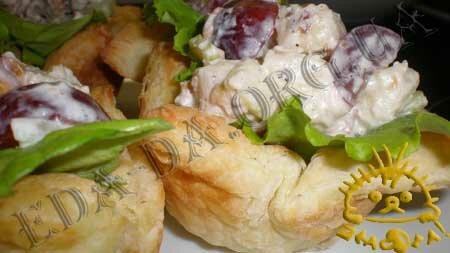Кулинарные рецепты блюд с фото - Салат Вальдорф. Нажать для увеличения.